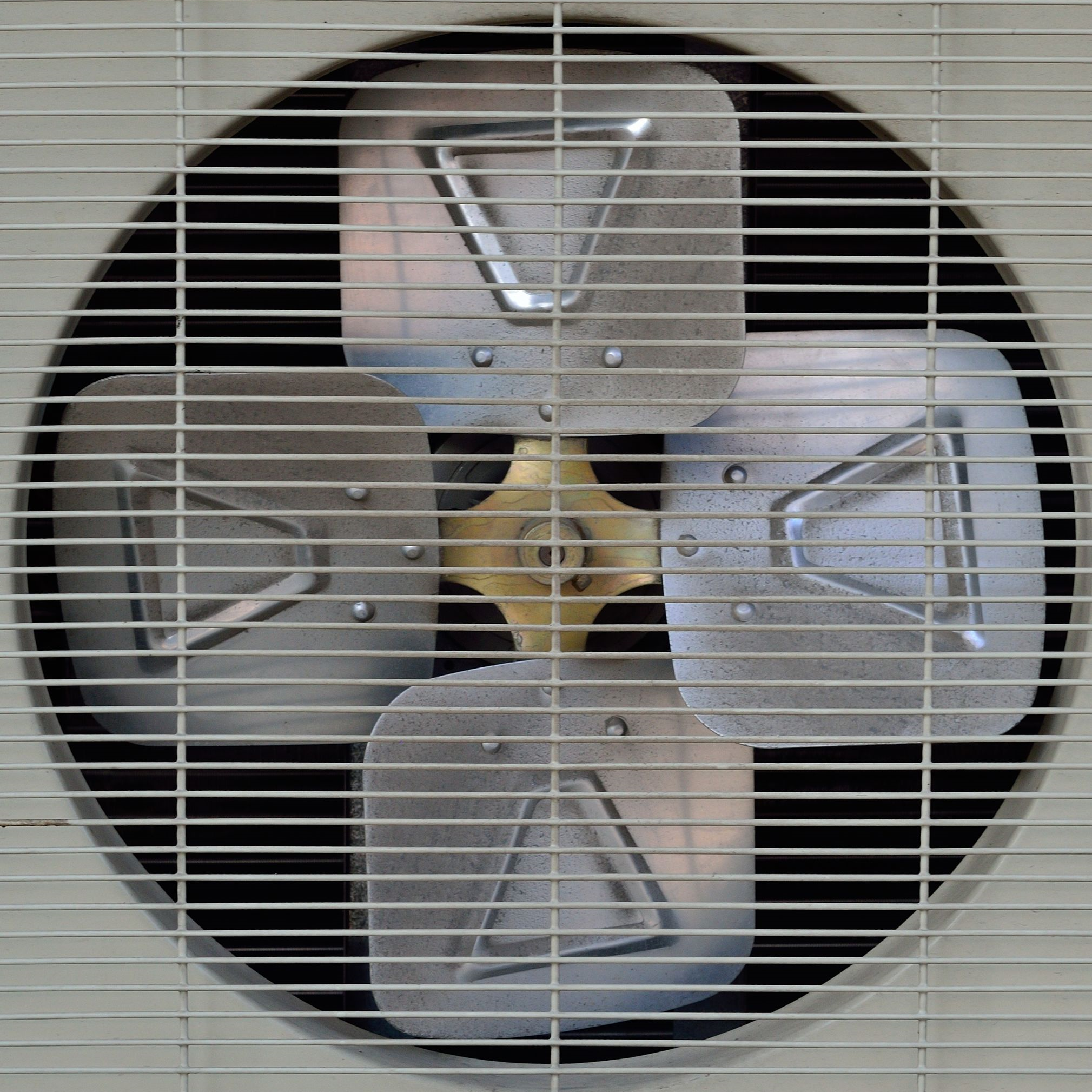 condenser motor up close
